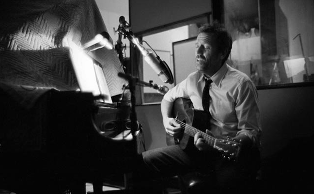 Hugh Laurie - Let Them Talk - Studio Recording (Guitar)