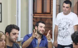 Pertevniyal1872 Ekibi geleneksel iftarından bir görüntü: Rıdvan Orman, Tarcan Arslan, Enis Karaçam.